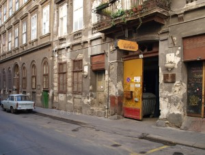 Eingang Szimpla Kert Budapest