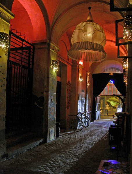 Eingang ins Mumus Café, Budapest